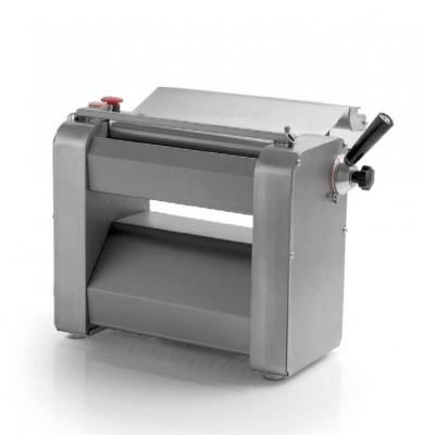 Sfogliatrice FSE103 Monofase dotata di rulli da 32 cm, apertura 0-7,5 mm. - Fama industrie