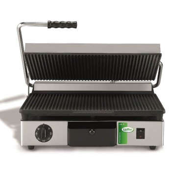 Medium cast iron grill plate with grooved surfaces. Model: PCORT - Fama industrie