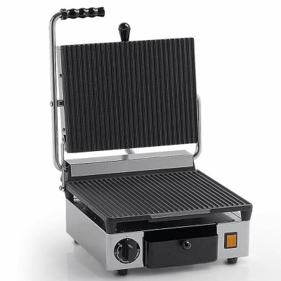 Single cast iron grill plate with grooved surface. Model: PSING - Fama industrie