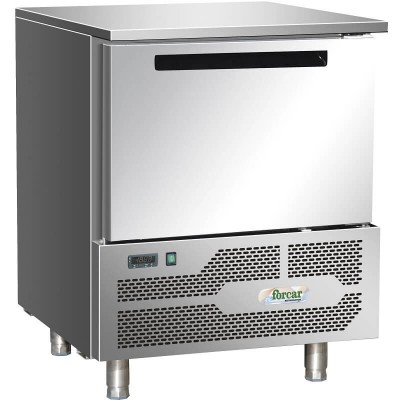 Professional blast chiller freezer for 5 GN1/1 or 60x40 trays. D5A - Forcar