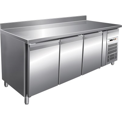Refrigerated stainless steel table -18°/-22°C with splashback, 3 doors, AISI 201 stainless steel. GN3200BT-FC - Forcar
